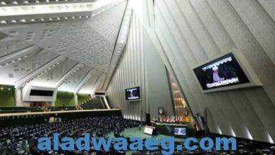 صورة اجتماعا مغلقا للبرلمان الإيراني لبحث الإتفاق مع الوكالة الدولية للطاقة الذرية