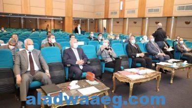 صورة وزيرا البيئة والنقل يناقشان إغلاق وإعادة تأهيل مقالب المخلفات بالقاهرة الكبرى