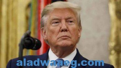 صورة الرئيس الأمريكي السابق يدعم معاون سابق له في وجه عضو النواب