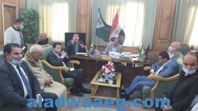 صورة عمدة العزيزية ونواب جنوب الجيزة ومسؤلى الصرف الصحى وحوار ساخن بمجلس مدينة البدرشين