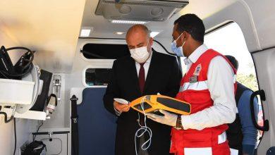 صورة دعم المحافظة ب ٧ سيارات إسعاف جديدة من بينهم ٣ دفع رباعي