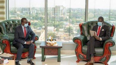 صورة وزير العدل يستقبل نظيره في جمهورية أفريقيا الوسطى