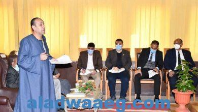 صورة أبوسمنة يقدم الشكر للرئيس السيسي
