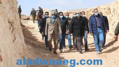 صورة محافظ بني سويف يتابع عمل اللجنة الوزارية لدراسة تأمين ممر محمية كهف سنور