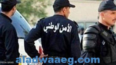 صورة عناصر من الشرطة الجزائرية موقوف تكشف مخطط قنبلة العاصمة