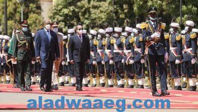 صورة رئيس مجلس السيادة السوداني يستقبل الرئيس عبدالفتاح السيسي بالقصر الجمهوري