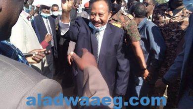 صورة حمدوك يصل الجزيرة لتدشين عمليات حصاد القمح بمحلية الكاملين