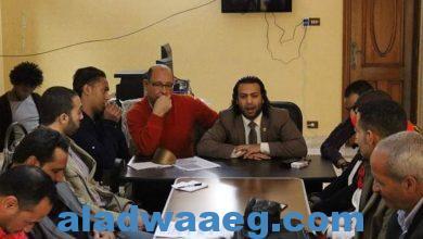 صورة فاروق الزامل المتحدث الأعلامي للنقابة العامة للعلوم الصحية يهنئ اخصائي تكنولوجيا المختبرات الطبيه
