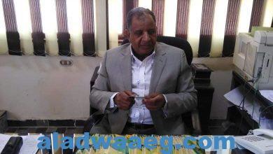 صورة محافظ أسيوط يعلن ضبط 486 بطاقة تموينية بحوزة بعض المخابز وتحرير 345 مخالفة متنوعة خلال حملة مكبرة على الأسواق