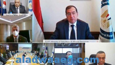 صورة طفرة كبيرة في أنشطة شركات قطاع البترول داخل وخارج مصر