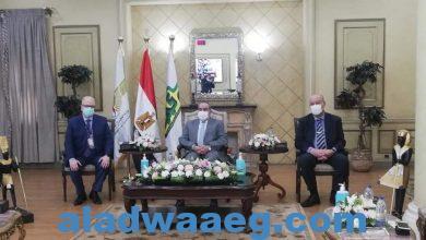 صورة وزير الطيران المدنى يتفقد أحدث معدات الشركة المصرية لخدمات الطيران ( EAS ). بمطار القاهرة الدولى