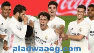 صورة جماهير ريال مدريد يتنفسون الصعداء مع نهاية مواجهة أوساسونا