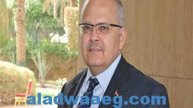 صورة رئيس جامعة القاهرة يعلن 90 منحة مجانية كاملة لأوائل الثانوية العامة