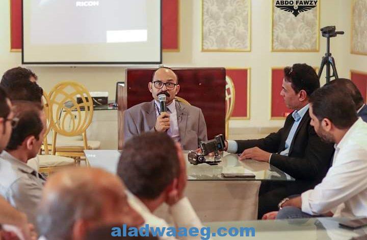 """الطحاوي يبتكر فن جديد """"تكنو آرت"""""""