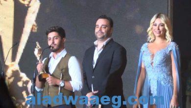 """صورة بشار الجواد يفوز بجائزة أنجح أغنية عن """"تي را را"""" في الموركس دور"""