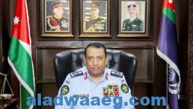 صورة مدير الأمن العام الأردني يأمر بتوقيف ضابط وأفراد لتجاوزهم ومخالفتهم القانون
