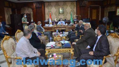 """صورة محافظ المنيا يستعرض معدلات تنفيذ المبادرة الرئاسية """"حياة كريمة"""
