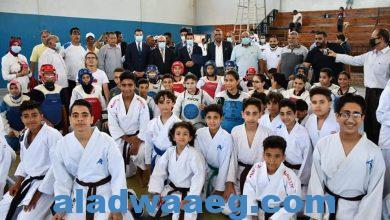 صورة وزير الرياضة ومحافظ بورسعيد يتفقدان مركز شباب الإستاد والمدينة الشبابية